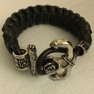 Italian leather and stainless steel bracelet